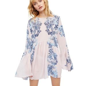 Free People    pink dress with bell sleeves NWT